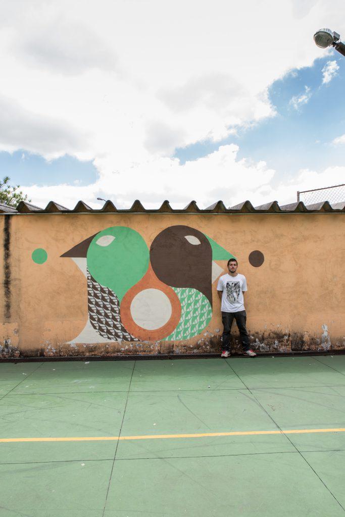 Pintura feita na EMEF Emiliano Di Cavalcanti | Arte Fora do Museu